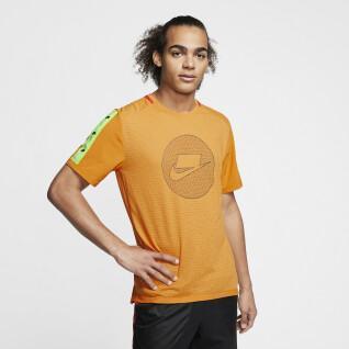 Nike Wild Run Jersey